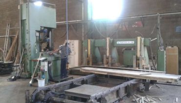 Log band saw line BONGIOANNI ARTIGLIO SNT1600 Canadian sawmill pilana scierie