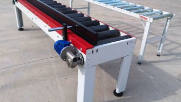 Motorized / neutral roller conveyors for multirip saw